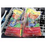 (2) Bags Preen Mulch Plus Russet Red Mulch