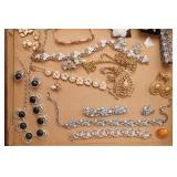 Box of: Costume Jewelry - Earrings, Rings, &