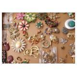 Box of: Costume Jewelry - Pins