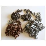 (4) Chains w/Hooks
