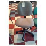 gray steno office chair