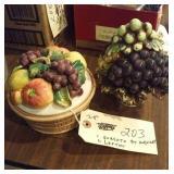 Porcelaiin fruit baskets ARNART, LEFTON