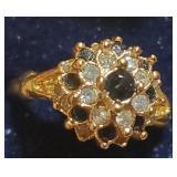 Vintage gold tone ring marked 18k HGE sz 6