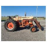 Case 730 gas tractor with loader