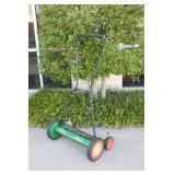 Scotts Classic Traditional Style Lawn Mower
