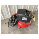 Craftsman 2 hp 6 gallon 150 psi maximum single cylinder air compressor with quantity of air hose
