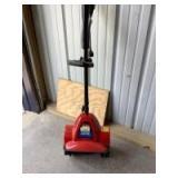 Toro power shovel Model 38361