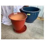 Two large ceramic outdoor flower pots