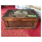 Small trunk with tray insert Very unique Measures 21 x 13 x 10