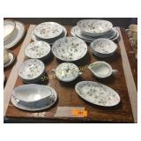 Noritake china pieces