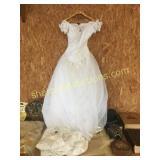Wedding dresses(2)