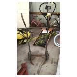 Antique 2 wheeled tank cart