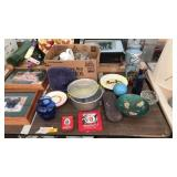Kitchenware, household items