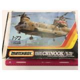 1:72 Chinook Model & Pilot Training Book