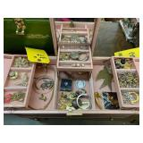 Jewelry Box w/costume Jewelry