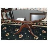Oval Glass Top Clffee Table w/4 ft. pedestal