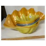 """heavy plastic """"shell"""" bowls- needs cleaned"""