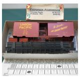 UP 284225 PS-1 40ft Box Car Evergreen Roundhouse