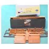 Undecorated 50ft DD  Box Car Front Range HO Kit.