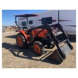 KUBOTA L4300 TRACTOR WITH LOADER