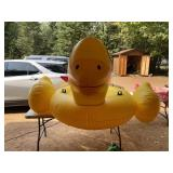 Huge rubber duck 7