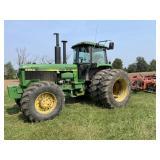 John Deere 4850 4x4 Tractor