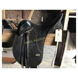 Wintec Black Leather English Riding Saddle