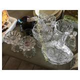 8 Pcs of Decorative Glassware