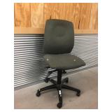 Upholstered Swivel Rolling Office Chair