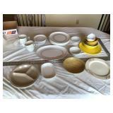 Plastic dishes etc.