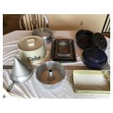 Roasters and pans