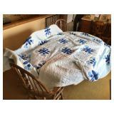 Queen quilt bedspread