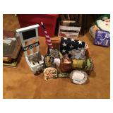 Picnic basket with decorative items