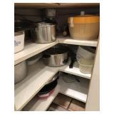 Asst. Pots, pans, wok, frying pans