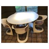 "54"" round kitchen table w/ 5 chairs"