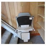 Chair lift w/ safety features - can be removed