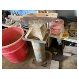 Anvil w/Stand approx 250 lb Stamped 1936