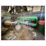 """John Deere 750 No Till Drill 15ft w/7-1/2"""" Spacing"""