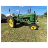 John Deere B Tricycle Wheel Tractor w/JD Custom