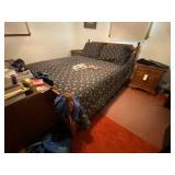 Ethan Allen Queen Bed w/Mattress & Box Spring