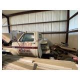 Yr GMC 6000 Truck w/V8 motor Standard Tran