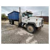 1996 Mack Roll off Truck 5 spd Trans, 23