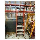 Werner 300 lb capacity Step Ladder