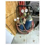 Cutting Torch Set w/hoses bottles & cutting torch
