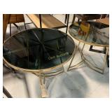 2 Tables, Round
