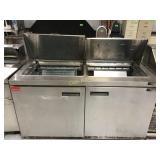 Delfield to door 5 foot refrigerated unit