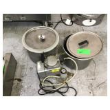Pressure cooker with pump and stock parts