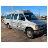 2001 Ford E-350 XL Super Duty Van