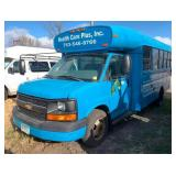 2006 Chevrolet Bluebird 14-Passenger Bus
