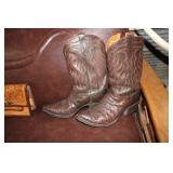 CUSTOM MADE SIZE 14 FULL QUILL OSTRICH BOOTS